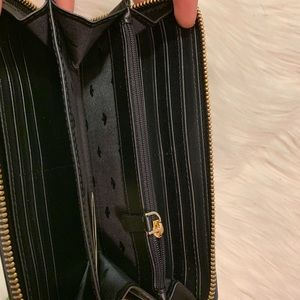 kate spade Bags - Kate Spade Black Cameron large continental wallet